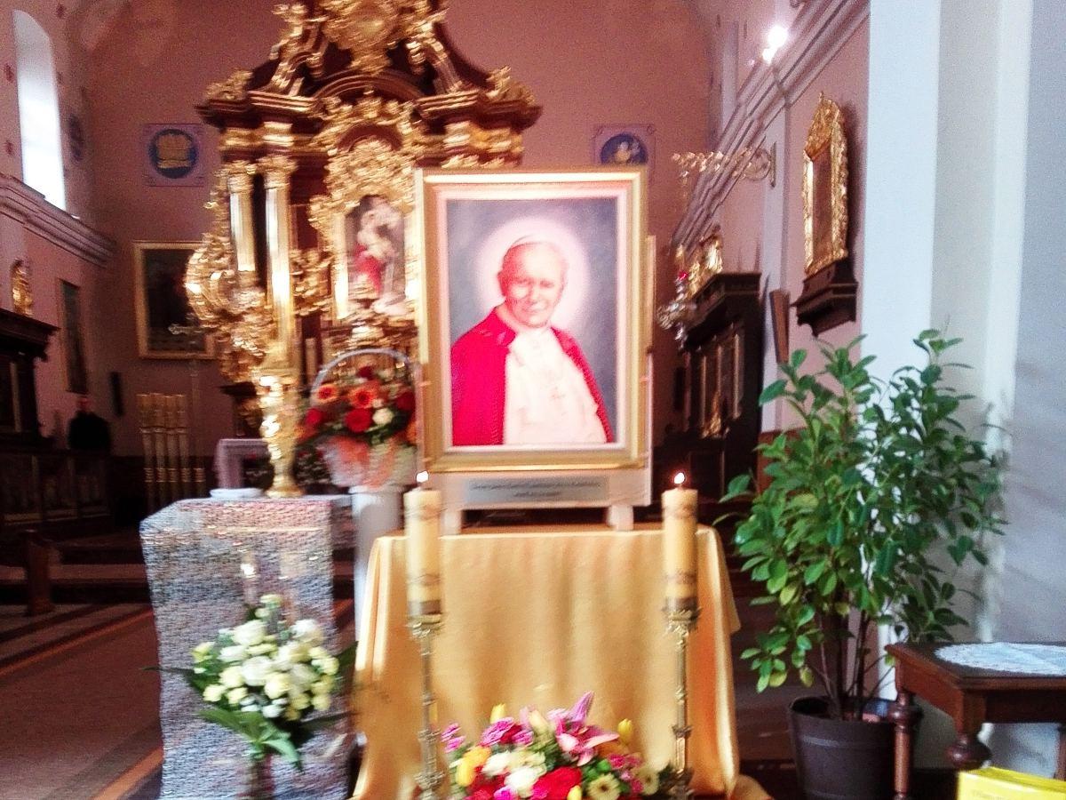 Peregrynacja obrazu relikwii Św. Jana Pawła II Olesno