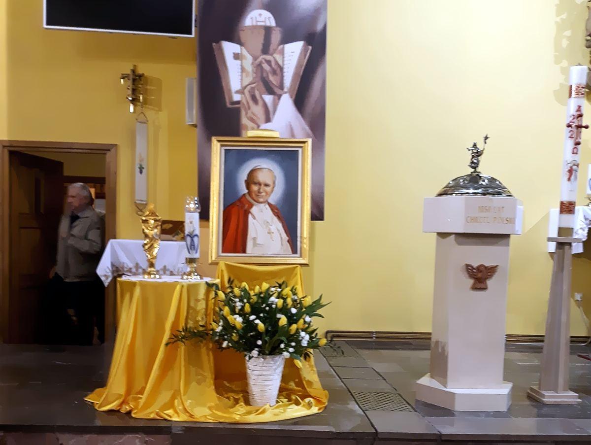 Nawiedzenie relikwii i obrazu Św. JPII w Jodłówce Wałkach