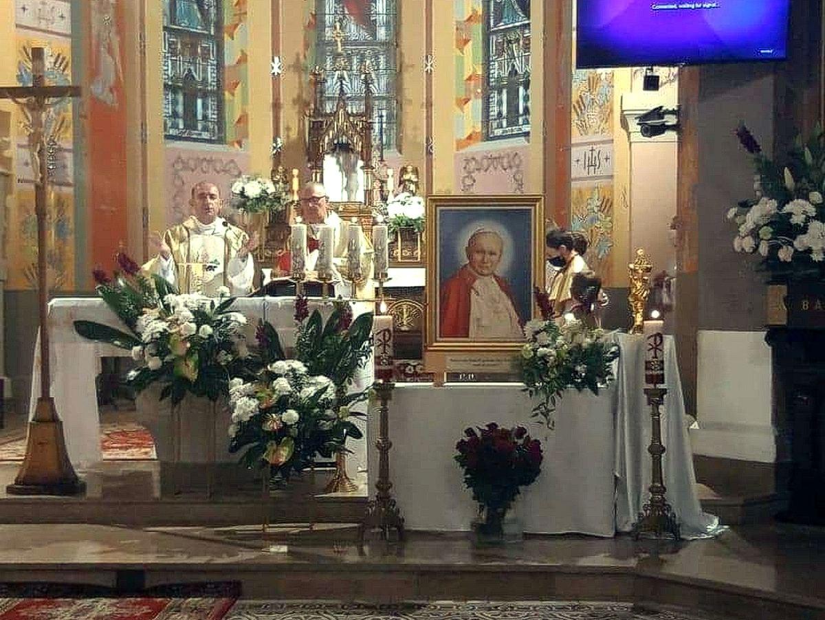 Peregrynacja relikwii w Porębie Radlnej