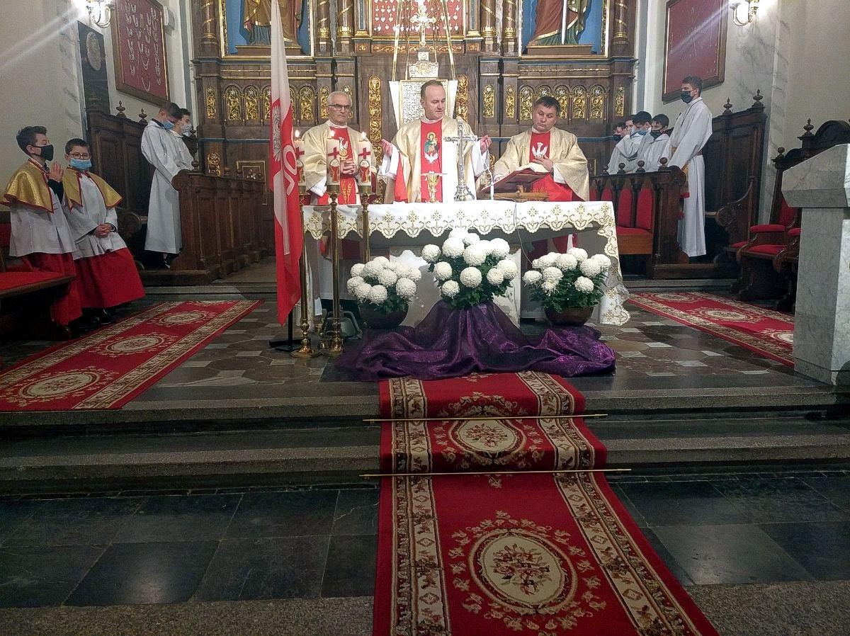 Msza Św. w intencji Ojczyzny w parafii Gręboszów