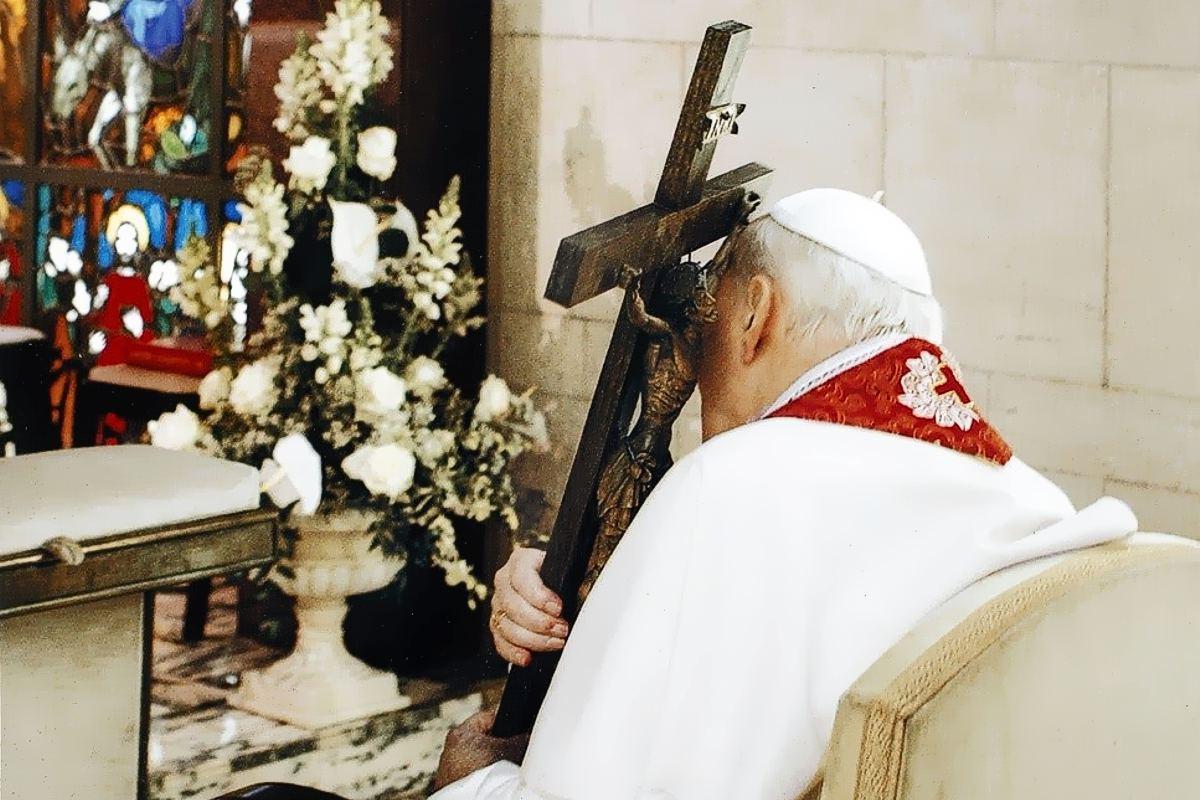 Jan Paweł II nasz Wielki Święty